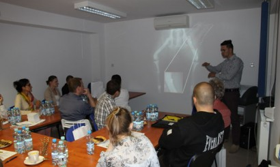 Jakub Podlaszuk z MKJ Radiologia przedstawił podstawy działania aparatów rentgenowskich.