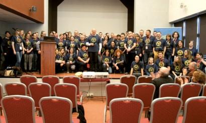 Uczestnicy losowania nagród, które odbyło się ostatniego dnia konferencji.
